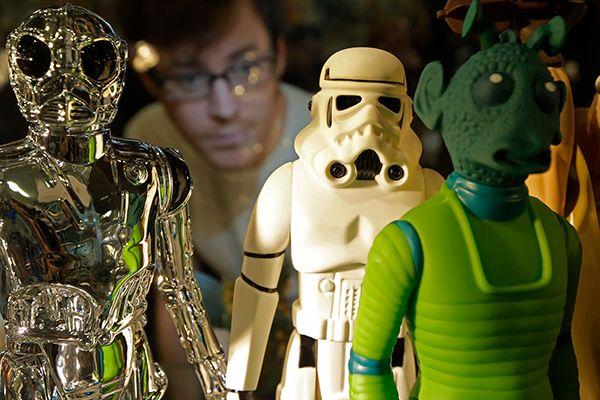 Работа над фильмами по «Звездным войнам» остановлена после провала ленты о Соло