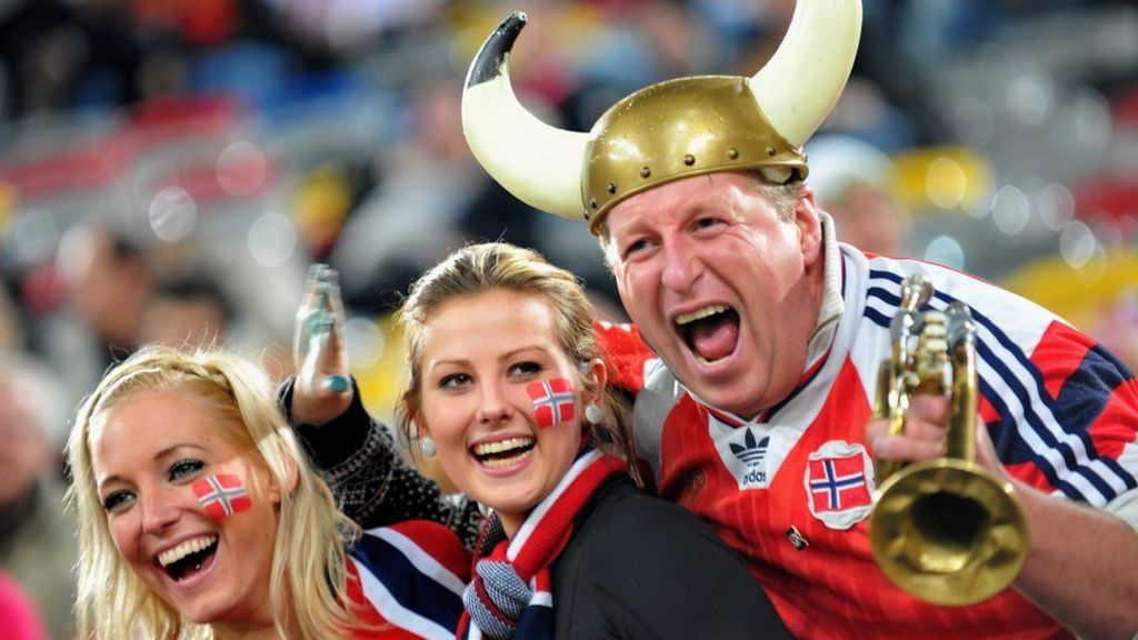 Happiness report: Norway is the happiest place on earth - BBC News