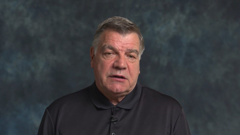 Sam Allardyce 'couldn't get over' losing England jobの代表サムネイル