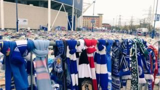 Leicester fans in '5,000-1' helicopter tribute walkの代表サムネイル