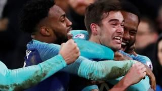 Fulham 1-2 Tottenham: Mauricio Pochettino on Harry Winks' 'unbelievable' late winnerの代表サムネイル