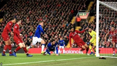 Liverpool 1-0 Everton: Jordan Pickford error gifts Divock Origi late winnerの代表サムネイル