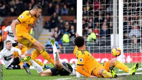 Fulham 1-1 Wolves: Romain Saiss' late equaliser denies hosts victoryの代表サムネイル