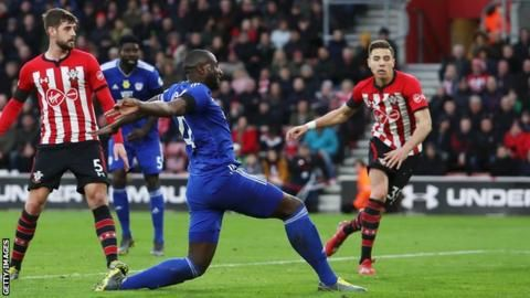 Southampton 1-2 Cardiff: Zohore goal lifts Bluebirds out of bottom threeの代表サムネイル