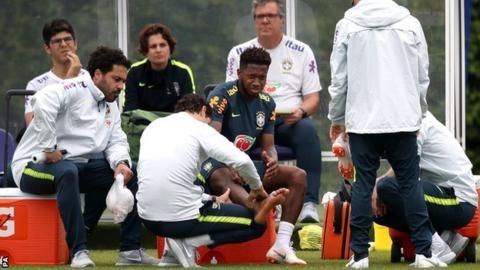 Man Utd-bound Fred injures ankle in trainingの代表サムネイル