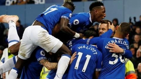Everton beat Cardiff 1-0 to move into Premier League top sixの代表サムネイル
