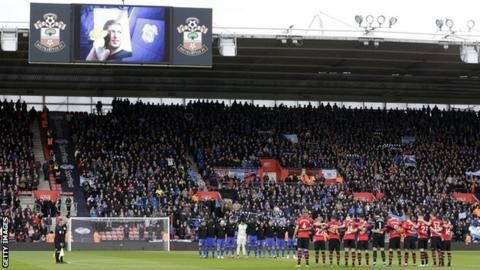 Emiliano Sala: Minute's silence at Champions League and Europa League gamesの代表サムネイル