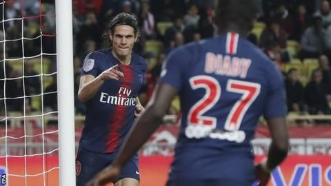 Cavani hat-trick for PSG as Henry's Monaco suffer another big defeatの代表サムネイル