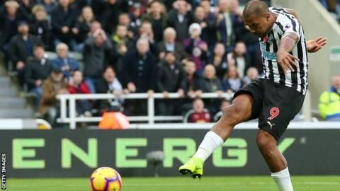 Rondon double gives Newcastle win over Bournemouthの代表サムネイル