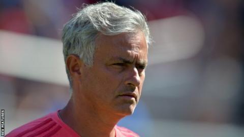 Mourinho avoids Premier League title questionの代表サムネイル