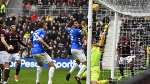 Hearts 1-2 Rangers: Goals from Goldson & Morelos send Steven Gerrard's side topの代表サムネイル
