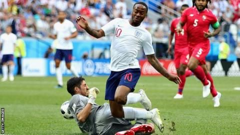 World Cup 2018: Gareth Southgate backs Raheem Sterling before Colombia quarter-finalの代表サムネイル