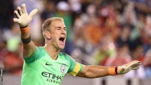 Joe Hart: Burnley sign keeper from Manchester City on two-year dealの代表サムネイル