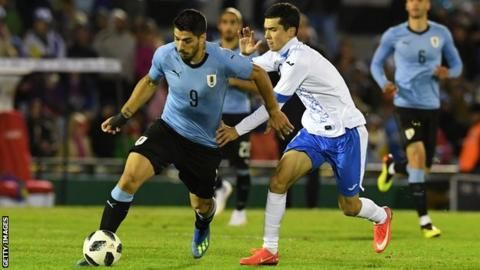 Suarez scores as Uruguay win final World Cup warm-upの代表サムネイル
