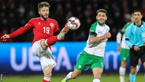 Euro 2020 draw: Republic of Ireland manager McCarthy 'happy enough' with drawの代表サムネイル