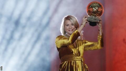 Ballon d'Or: Lyon striker Ada Hegerberg wins first women's awardの代表サムネイル