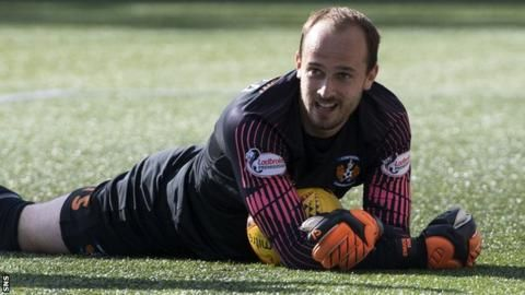 Kilmarnock's MacDonald replaces McLaughlin in Scotland squadの代表サムネイル