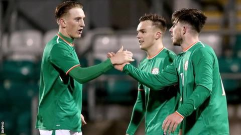 Curtis joins Republic of Ireland squad for Poland gameの代表サムネイル