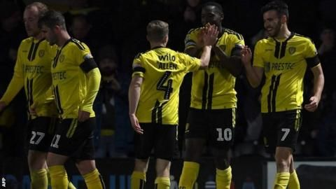 League One Burton shock Forest to reach EFL Cup quarter-finalsの代表サムネイル