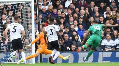 Mitrovic rescues point for Fulham against Watfordの代表サムネイル
