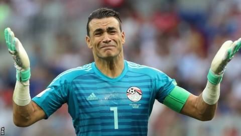 Egypt's record-breaking 45-year-old keeper retiresの代表サムネイル
