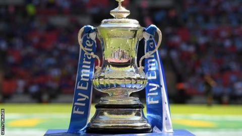 FA Cup first round draw: Non-league Hampton & Richmond Borough face Oldhamの代表サムネイル