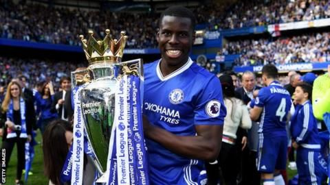 Everton sign Zouma on loan from Chelseaの代表サムネイル
