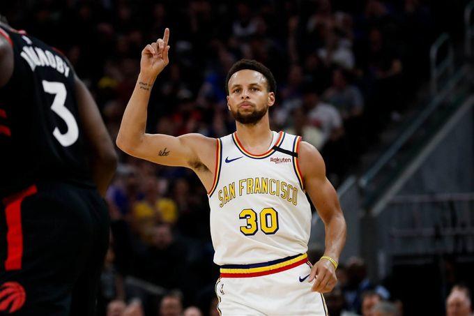 【聯盟除LeBron外最夠資格被稱作「領袖」的頂尖球員---Stephen Curry!】