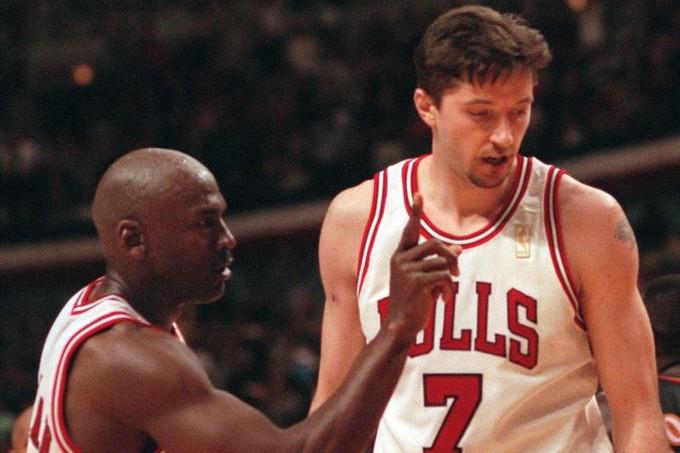 「我不要說南斯拉夫語。」— Michael Jordan簡單明瞭地拒絕Jerry Krause的要求打電話給Toni Kukoc