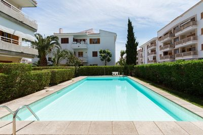 Excellent one bedroom apartment situated on the second floor of  a small community with communal swimming pool     REDUCED PRICE FROM 153 800 € DOWN TO 143