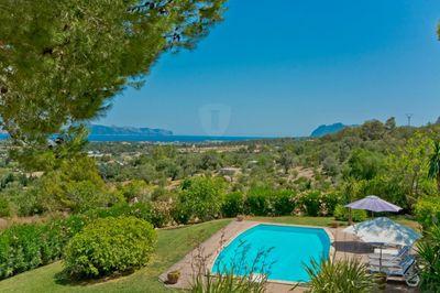 Diese fantastische Finca mit atemberaubendem Blick auf die Bucht von Alcudia befindet sich in So Fe und wurde vor ca
