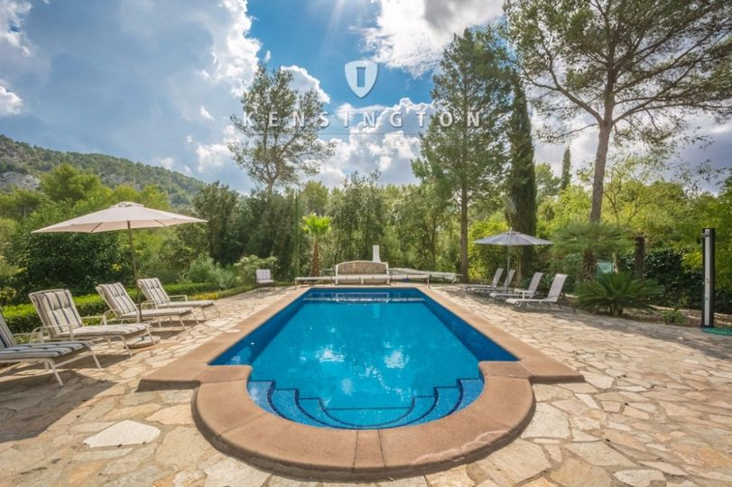 OPPORTUNITY JANUARY 2017: Villa with pool close to the Golf Pollensa, Sa Pobla and Alcudia for sale
