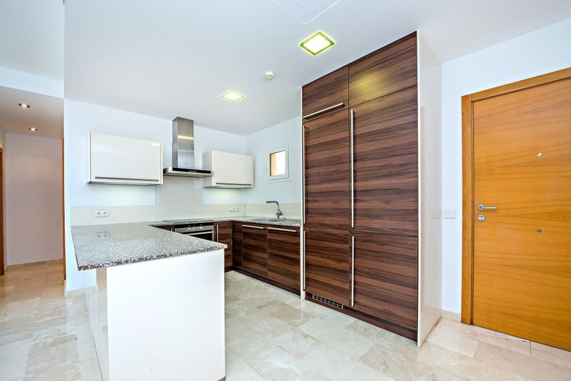 These stunning brand new luxury apartment with 2 bedrooms are located in the high quality residential development Las Milanas in the exclusive Port of Andratx