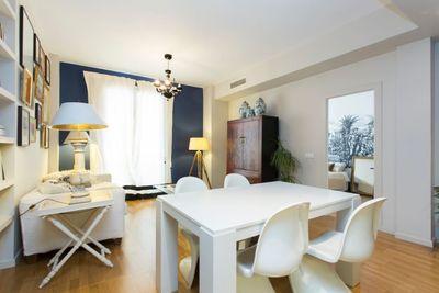 Bei diesem Objekt handelt es sich um ein lichtdurchflutetes Apartment in zentraler Lage in der Altstadt von Palma  umgeben von zahlreichen
