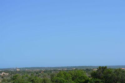 Dieses idyllisch gelegene Grundstuck befindet sich zwischen Campos und Ses Salines im Sudosten Mallorcas