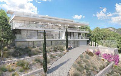 Bei diesem Objekt handelt es sich um eine Neubau-Luxusvilla mit Pool und Meerblick in Genova  Das Zentrum von Palma de Mallorca ist ca  10 Autominuten entfernt