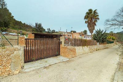 Villa in Mallorca in der Nahe vom Golf Pollensa zu verkaufen    PREIS REDUZIERT VON 265 000€ AUF 239