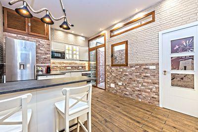 Diese neu renovierte Immobilie befindet sich am ruhigen Stadtrand von Palma     Die ca