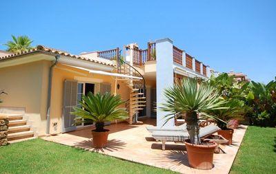 Wunderschones Apartment mit grosem privaten Garten in luxurioser Wohnanlage in Bendinat