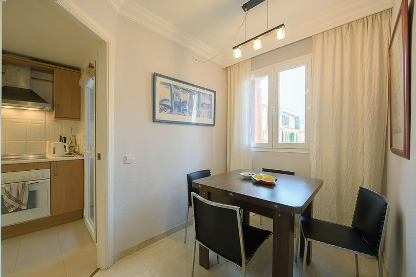 We offer this beautiful apartment in a popular apartment complex in Port Adriano Village