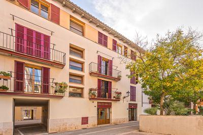 Dieses Apartment mit Parkplatz liegt an einem ruhigen Platz in einer schonen Gegend der Altstadt von Palma de Mallorca