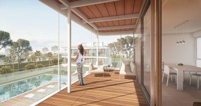 Dieses exklusive Neubau Projekt in aussergewohnlich schonem Design befindet sich unweit des Yachthafens von Cala D Or und fusslaufig zu zwei Sandstranden