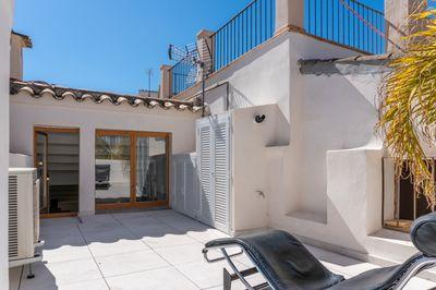 Renoviertes Stadthaus mit Terrasse und Garagenplatz in Bestlage in der Altstadt von Palma de Mallorca