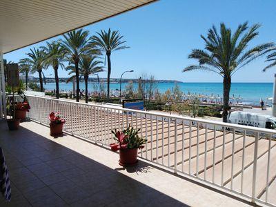 Bei diesem Objekt handelt es sich um eine gepflegte Wohnung in erster Meerelinie an der Playa de Palma  Mallorca     Die ca