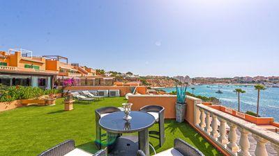Hier handelt es sich um ein Apartment in einer begehrten Anlage im Sudwesten Mallorcas