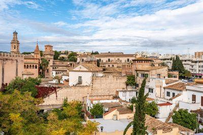 Bei diesem Objekt handelt es sich um ein Penthouse mit groser privater Dachterrasse in Son Espanyolet  Palma de Mallorca     Die ca