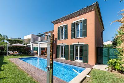 Wunderschone Villa mit schonem Blick in der Urbanisation Son Puig in Palma de Mallorca