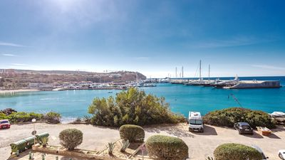 Apartment in Port Adriano mit wunderbarem Meerblick