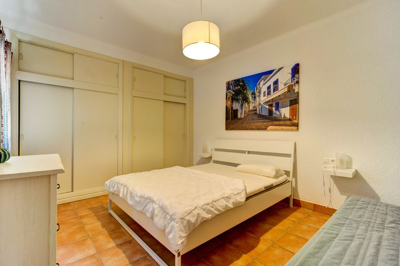 This property is located near Santa Ponca in the adjacent residential area, Costa de la Calma