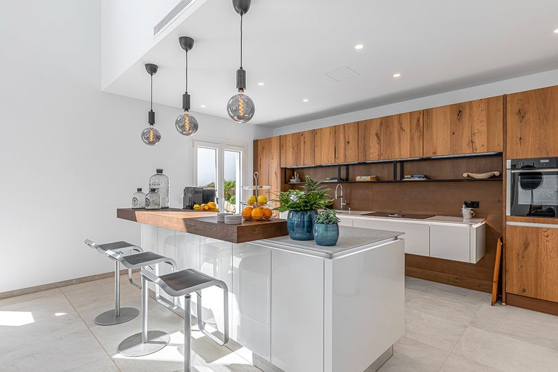 This modern villa has recently been completely  renovated and completed in April 2021